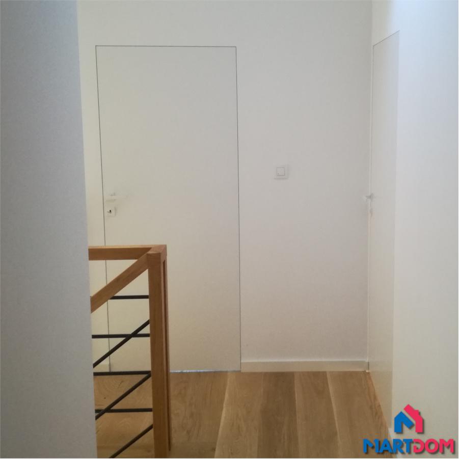 Drzwi ukryte kolor ściany DRE Sara eco